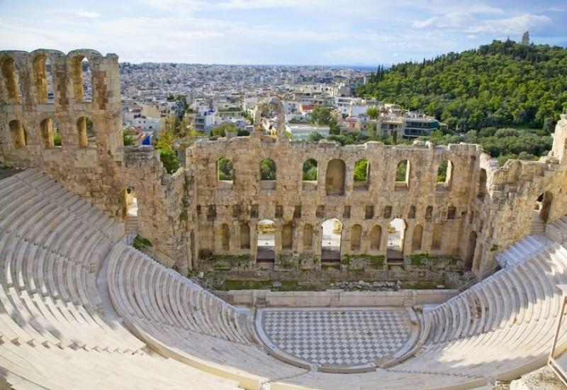 Туристическая и курортная Греция – единение древних святынь и современных курортов